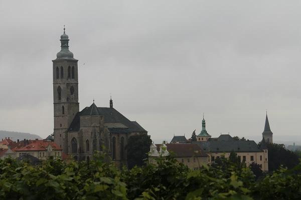 castillo y catedral kutna hora