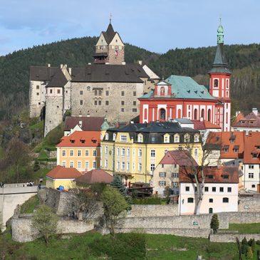 Karlovy Vary y Loket, del comunismo al lujo salvaje